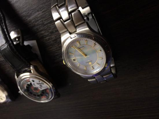 ジャンク時計を買いました。【画像2】