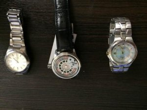 ■ブランド時計 ジャンク時計を買いました。