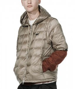<img class='new_mark_img1' src='https://img.shop-pro.jp/img/new/icons7.gif' style='border:none;display:inline;margin:0px;padding:0px;width:auto;' />TAION EXTRA タイオン MENS HOODIE INNER DOWN SET メンズフードインナーダウンセット KHAKI