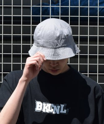 <img class='new_mark_img1' src='https://img.shop-pro.jp/img/new/icons14.gif' style='border:none;display:inline;margin:0px;padding:0px;width:auto;' />-Back Channel-BUCKET HAT