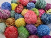 インド手紡ぎ毛糸レインボー染め