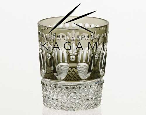 江戸切子 伝統工芸士 鍋谷淳一 - 江戸切子(レトロ) 青墨色・冷酒グラス 冷酒杯 [T590-2653-BLK]|カガミクリス…
