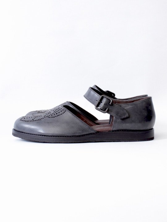 TROVE / LEAF LEATHER SHOES ( MEDALLION ) / BLACK