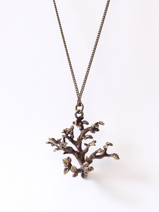 TROVE / TREE NECKLACE / BRASS photo