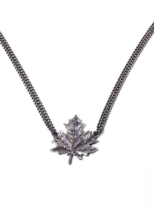 TROVE / MAPLE NECKLACE photo