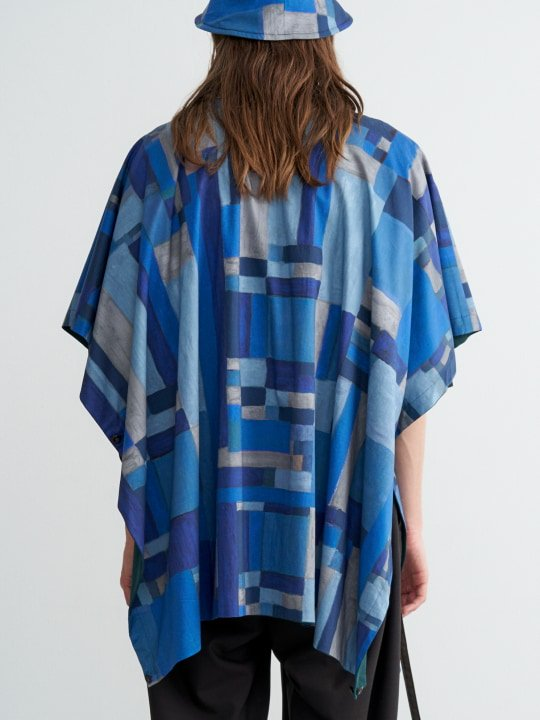 TROVE / VIITTA PONCHO ( REVERSIBLE ) / BLUE GREEN photo