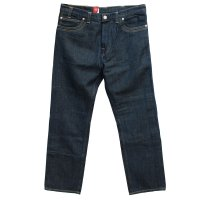 <img class='new_mark_img1' src='https://img.shop-pro.jp/img/new/icons24.gif' style='border:none;display:inline;margin:0px;padding:0px;width:auto;' /> 30% OFF - LEVI'S RED 2004AW<p>Guys Comfort Fit - Dark Calender