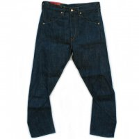 LEVI'S RED<p>2000 Collection<p>1st STANDARD