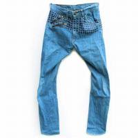 <img class='new_mark_img1' src='https://img.shop-pro.jp/img/new/icons47.gif' style='border:none;display:inline;margin:0px;padding:0px;width:auto;' />LEVI'S RED 2001SS<p>PASSIVE AGGRESSIVE<p>(パッシブアグレッシブ -<br>世界限定350本シグニチャーモデル)