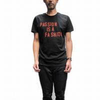 WORN FREE<p>ジョーストラマー - クラッシュ<p>Passion is a Fashion Tシャツ