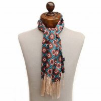 <img class='new_mark_img1' src='https://img.shop-pro.jp/img/new/icons47.gif' style='border:none;display:inline;margin:0px;padding:0px;width:auto;' />TOOTAL<p>Mosaic Print Silk Scarf<p>(レーシンググリーン)