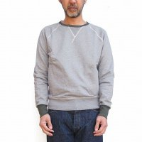 <img class='new_mark_img1' src='https://img.shop-pro.jp/img/new/icons24.gif' style='border:none;display:inline;margin:0px;padding:0px;width:auto;' /> 20% OFF<p>Nigel Cabourn<p>Crew Neck Sweatshirt - The Army Gym<p>(グレー)