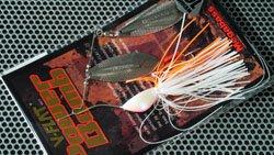 V-FLAT POWER BOMB 3/8oz (千鳥スピン) CW� キャンディーホワイト�