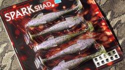 本仕込み SPARK SHAD 4inch レインボー