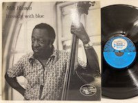 <b>Milt Hinton / Bassicly with Blue </b>