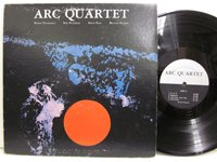 <b>Arc quartet / Arc quartet</b>