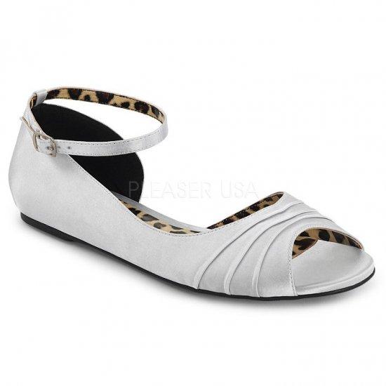 取寄せ靴 新品 かわいい アニマル柄 アンクルベルト 片側 オープンタイプ ぺたんこ パンプス フラット 銀 シルバー サテン 大きいサイズ…