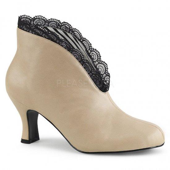 取寄せ靴 送料無料 かわいいレース スリッポン アンクル ブーツ 7.5cmキトゥンヒール ジッパー付き クリーム フェイクレザー 大きいサイズ…