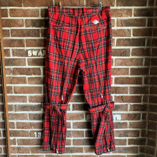 <img class='new_mark_img1' src='https://img.shop-pro.jp/img/new/icons11.gif' style='border:none;display:inline;margin:0px;padding:0px;width:auto;' />BELTED BONDAGE TROUSERS / RED