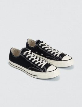 <img class='new_mark_img1' src='https://img.shop-pro.jp/img/new/icons48.gif' style='border:none;display:inline;margin:0px;padding:0px;width:auto;' />【CONVERSE】Chuck Taylor All Star '70 Lo/ブラック