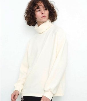 <img class='new_mark_img1' src='//img.shop-pro.jp/img/new/icons13.gif' style='border:none;display:inline;margin:0px;padding:0px;width:auto;' />【KIIT】WOOL BREND RIPPLE TURTLE CUT & SEW/アイボリー