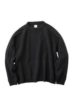 <img class='new_mark_img1' src='https://img.shop-pro.jp/img/new/icons13.gif' style='border:none;display:inline;margin:0px;padding:0px;width:auto;' />【KURO】7G Change Overed Crew Neck Sweater/ブラック