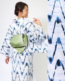 19001WH 白地琉球絣風柄×グリーン三重太鼓帯