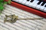 アンティーク 楽譜クリップ C
