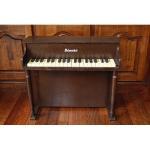 アンティーク トイピアノ シェーンハット  37鍵