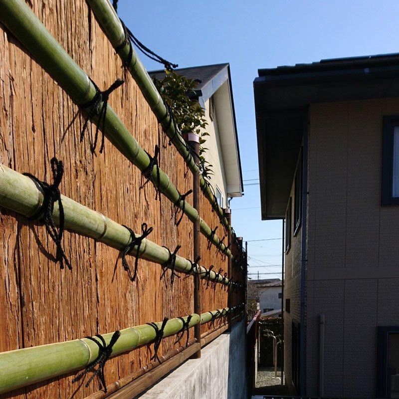 垣根・屋根材用 天然杉皮2尺(1坪分)【画像2】
