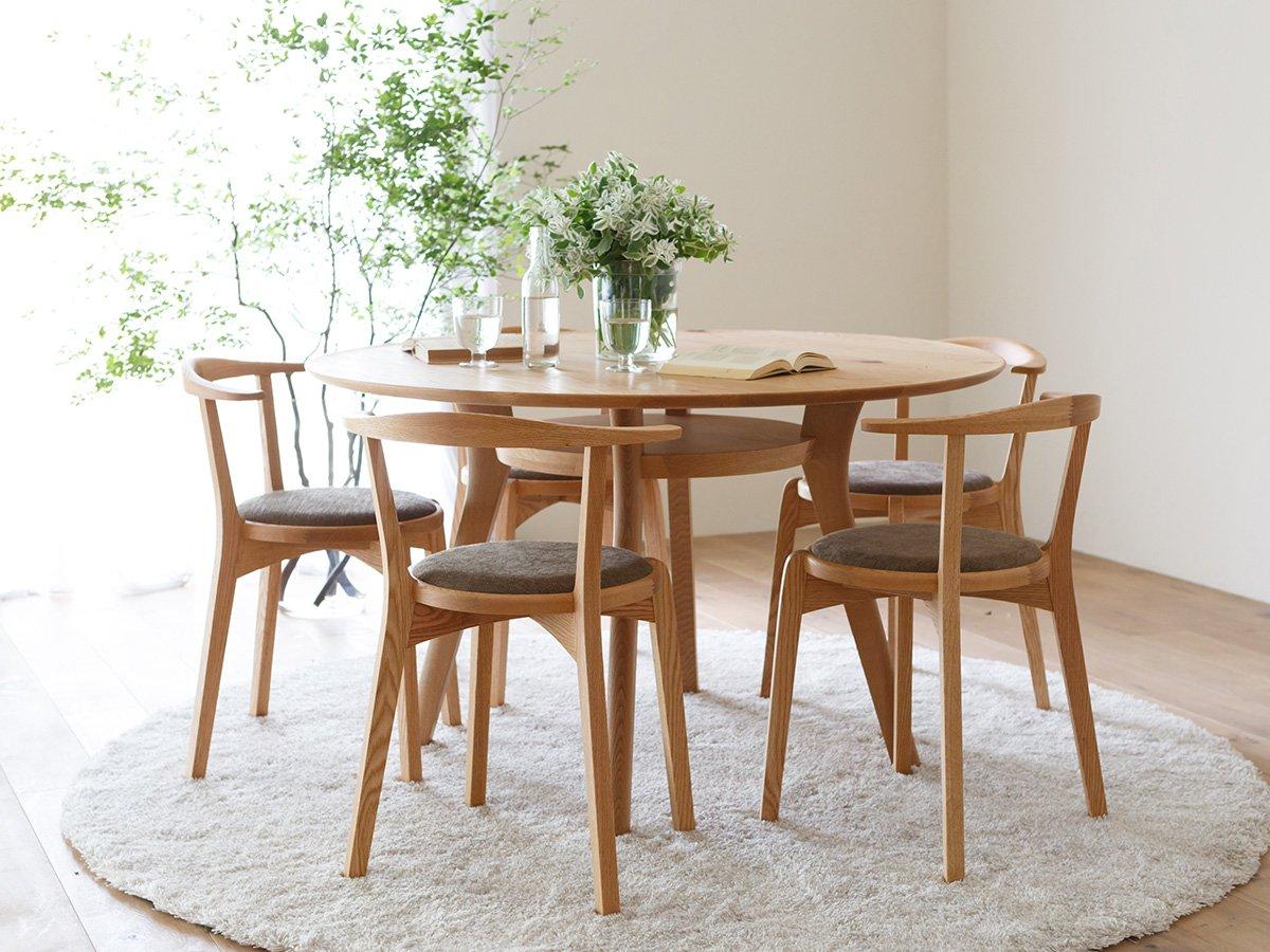 agile circle dining table piano isola
