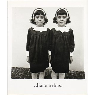 <img class='new_mark_img1' src='https://img.shop-pro.jp/img/new/icons5.gif' style='border:none;display:inline;margin:0px;padding:0px;width:auto;' />Diane Arbus: An Aperture Monograph: Fortieth-Anniversary Edition ダイアン・アーバス