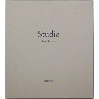 <img class='new_mark_img1' src='https://img.shop-pro.jp/img/new/icons31.gif' style='border:none;display:inline;margin:0px;padding:0px;width:auto;' />Paolo Roversi: Studio [Limited Edition] パオロ・ロヴェルシ:スタジオ 豪華版