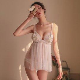バストに花の飾り付き♪ シースルーベビードール&シースルーショーツ 白
