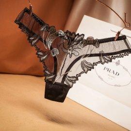 フラワー刺繍入り 激透けシースルーTバック 黒