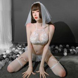 ウェディングコスチューム 刺繍がキレイなシースルーのセクシー花嫁 白