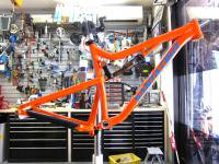 SANTACRUZ 14Y 5010 ALLOY M RESCUE-ORANGE