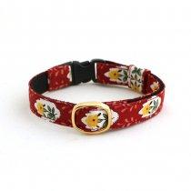 華やかな赤い花柄小紋の猫首輪【La Provence】