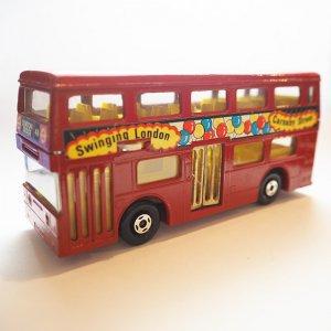 ロンドンバスミニカー(Carnaby Street・ギミック付き)