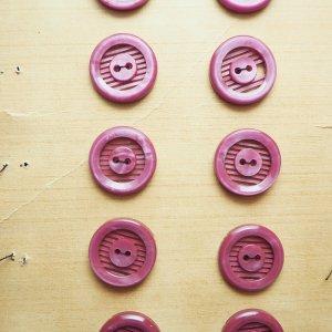 ボーダー透かしボタンS(パープル)