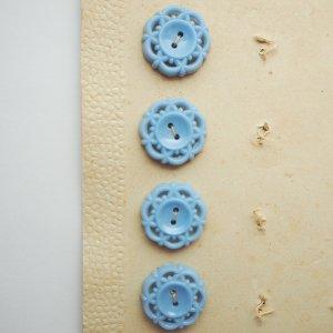 レースボタンS(ペールブルー)