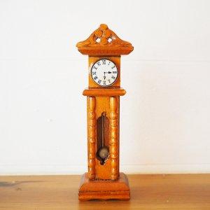 柱時計のミニチュアA