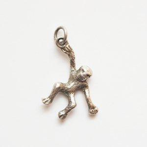 チンパンジーのシルバーチャームB