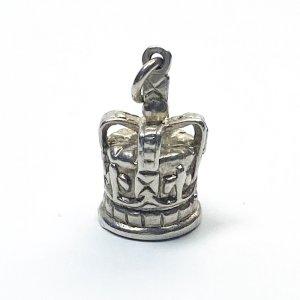 王冠のシルバーチャームA