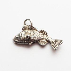 魚のシルバーチャームB