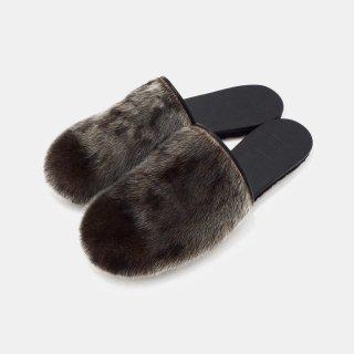 凸&凹 (デコ&ボコ)<br>fur slippa for W&M