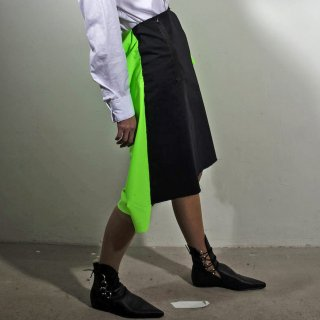 WENDY JIM<br>SKIRT WITH SQUARE BACK GREEN<img class='new_mark_img2' src='//img.shop-pro.jp/img/new/icons41.gif' style='border:none;display:inline;margin:0px;padding:0px;width:auto;' />