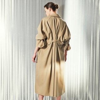 AKIKO AOKI<br>lady trench<img class='new_mark_img2' src='https://img.shop-pro.jp/img/new/icons2.gif' style='border:none;display:inline;margin:0px;padding:0px;width:auto;' />