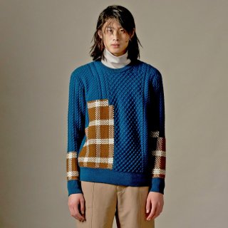 FFIXXED STUDIOS<br>TARTAN KNIT SWEATER<img class='new_mark_img2' src='https://img.shop-pro.jp/img/new/icons20.gif' style='border:none;display:inline;margin:0px;padding:0px;width:auto;' />