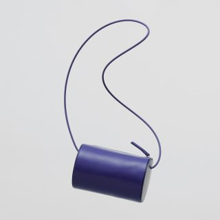 BUILDING BLOCK<br>Cylinder Sling in Royal Blue<img class='new_mark_img2' src='https://img.shop-pro.jp/img/new/icons2.gif' style='border:none;display:inline;margin:0px;padding:0px;width:auto;' />